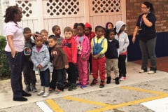 Plantation-VPK-learning-about-crossing-the-street